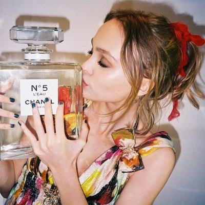 Дочь Джонни Деппа – лицо нового аромата Chanel
