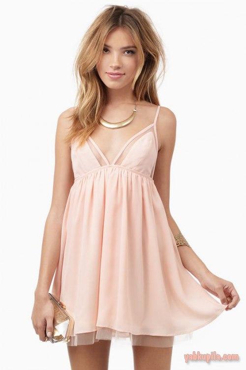 fb2b750cd68 Платья в стиле бэби долл очень популярны. Как и с чем носить ...