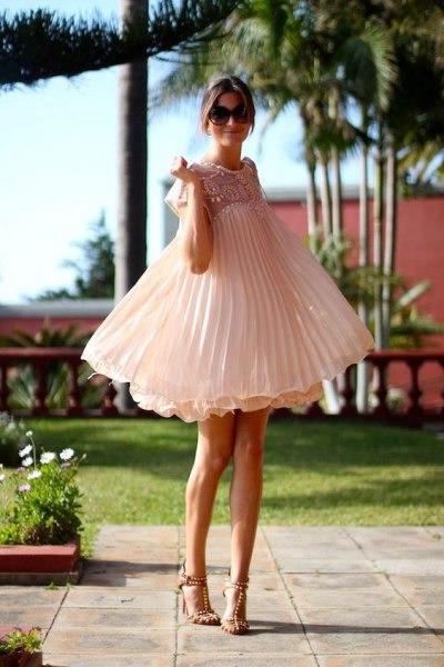 Платья в стиле Baby Doll: одежда для куколки