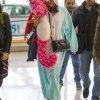 Звезды в аэропорту и их абсурдные наряды