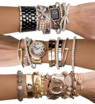 Часы и браслеты: что с чем носить?