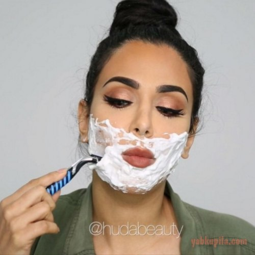 Фото девушки бреются