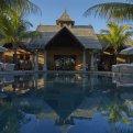 Куда поехать в свадебное путешествие? 8 идеальных отелей!