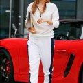 С чем носить спортивные штаны? 20 модных образов!