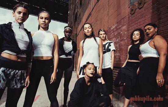 225caf951e9 Спортивная одежда для полных девушек от Nike