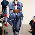 Модные джинсы осень-зима 2018-2019: что выбрать?