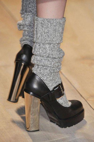 С какой обувью носить гольфы и носки