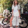 Кружевные платья на каждый день: 25 фото модных образов