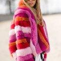 Цветная шуба: с чем и как носить модный тренд