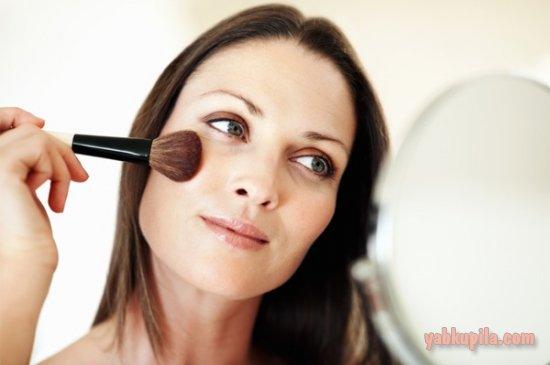 Как сделать макияж, который молодит