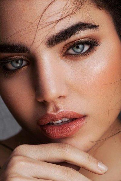 Как сделать красивые брови без визажиста: пошаговая инструкция