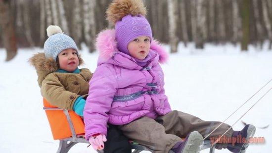 Как выбрать куртку на зиму для ребенка?